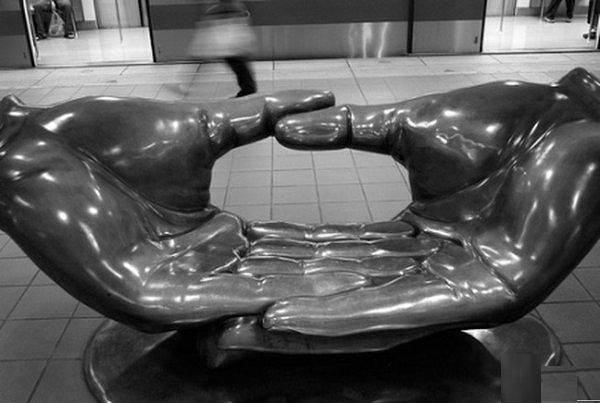скамейка ладони