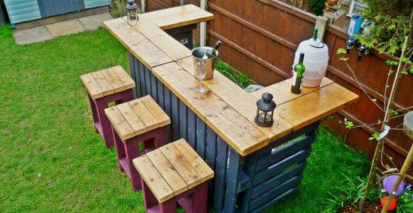Garden-Bar-своими руками из поддонов2