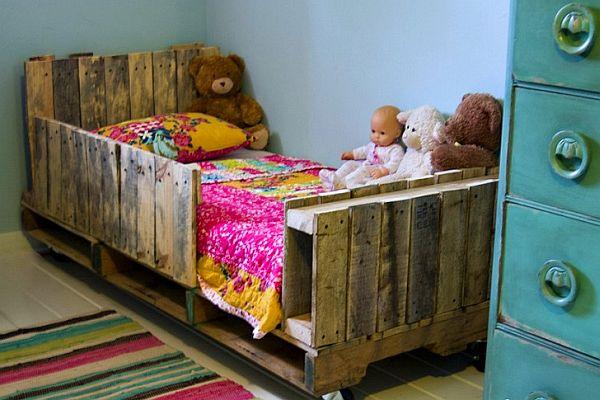 pallet-beds-bedrooms-14