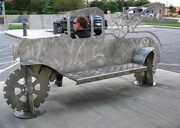 скамейка на колесе