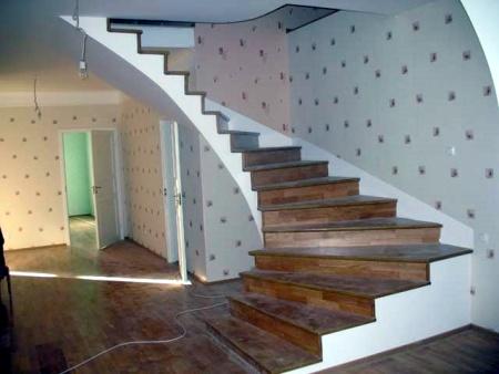 1358663747_lestnitsy-dlya-doma-iz-betona