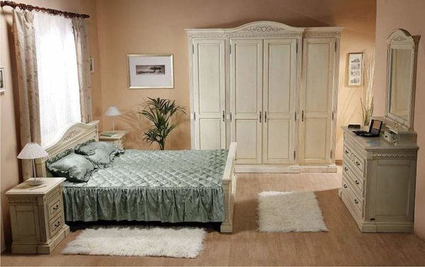 venetia_white_bed