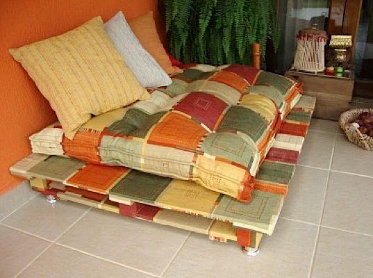 pallet-sofas-benches-01