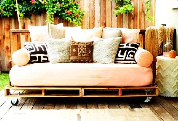 pallet-sofas-benches-09
